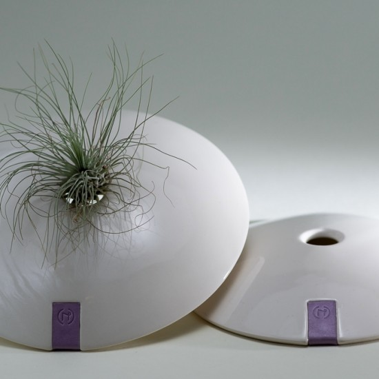 naomipeli-ceramics-leather-collection-wall-air-plant-holder-stone-pale-lilac-1-2015
